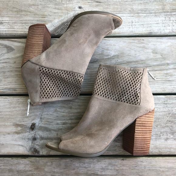 Report Shoes - Report suede barnack Booties